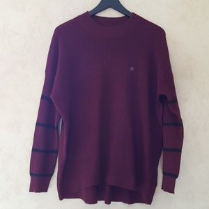 American Eagle burgundy striped sleeve sweater
